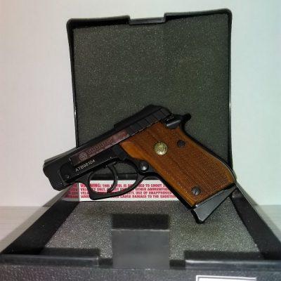 пистолет Таурус